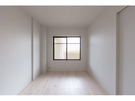 洋室は2室備わっているので、用途を分けて使用で出来ます。