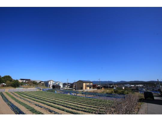 かほく市秋浜、小高い丘の上にある地区です