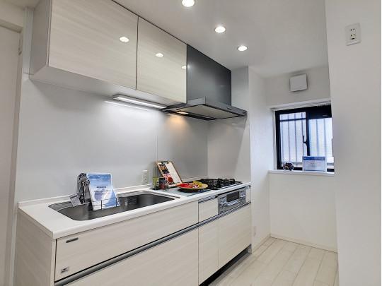 使いやすいI型キッチン