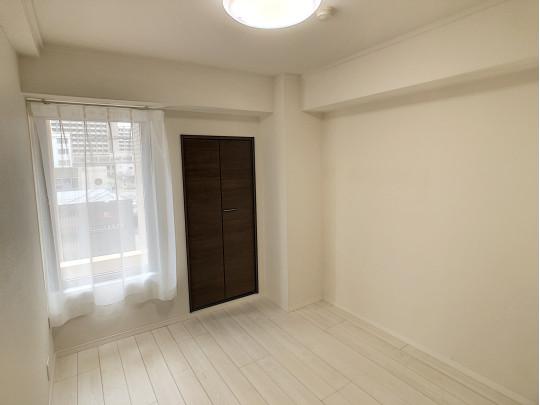 セカンドハウスとしてつかわれていたので、室内の状態も良いお部屋です。