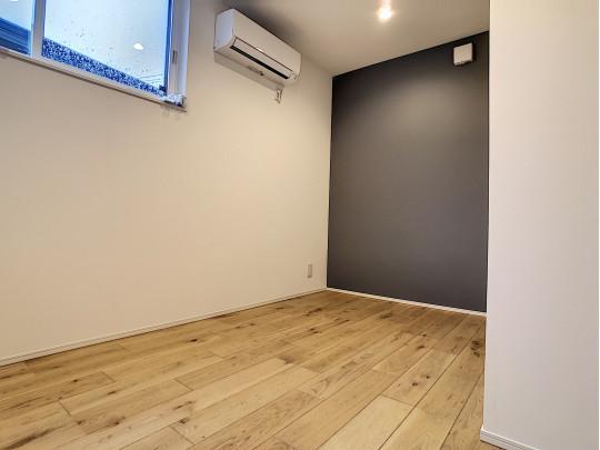 各部屋にエアコンがあります