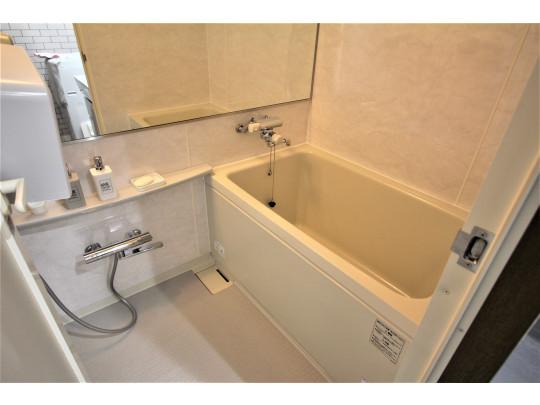 使い勝手の良いお風呂は日々の疲れを癒してくれる空間です。