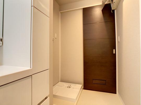 洗濯機スペースもあります