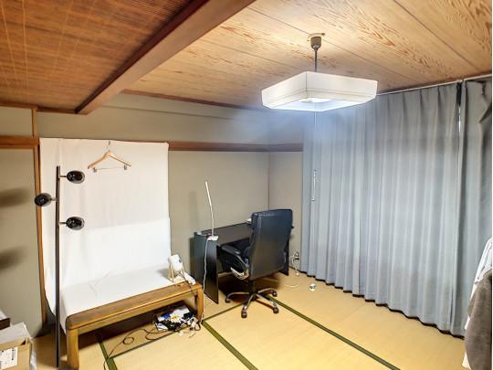 2階10帖の和室。大きめの家具を置いてもレイアウトしやすい広さです