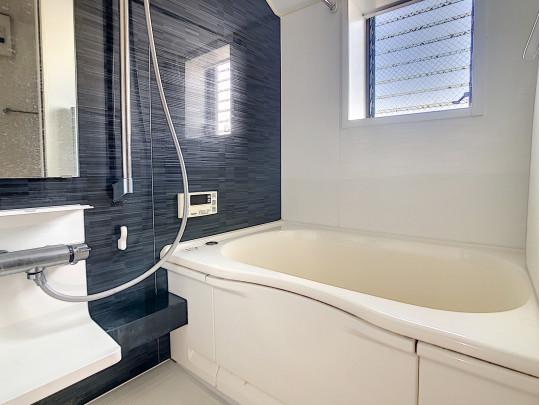 2013年に浴室すべて交換済です。