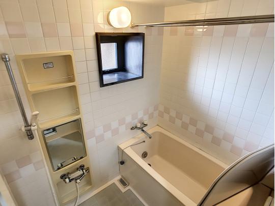 柔らかい雰囲気の浴室です。