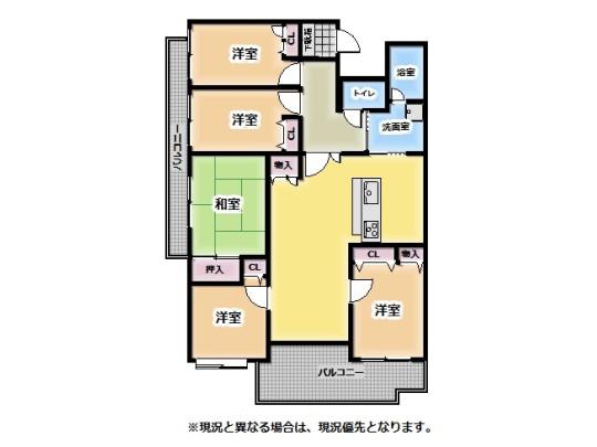 家族が集まるセンターリビング設計。