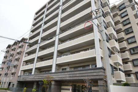 アム-ル箱崎駅東