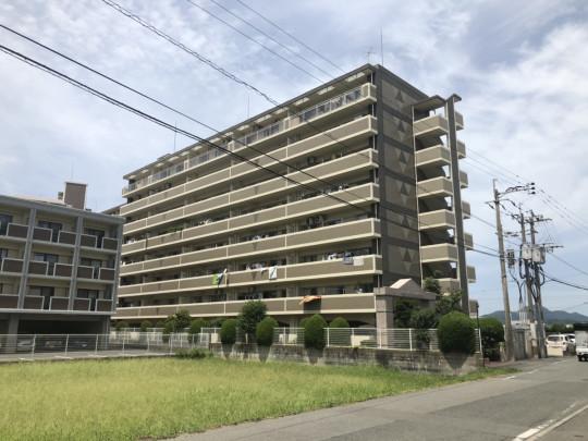 門松駅徒歩圏内! 生活環境が整った立地です。