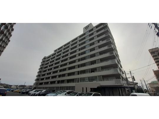 人気エリア東区松田のマンションです♪JR「柚須」駅まで徒歩8分!通勤通学にとても便利です。