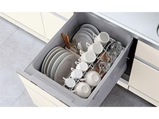 (イメージ)食器洗い乾燥機 ビルトインタイプで、キッチンと同じカラーにすることにより一体感を持たせることができます。 乾燥機能が備わっているため家事の時間が短縮できます。